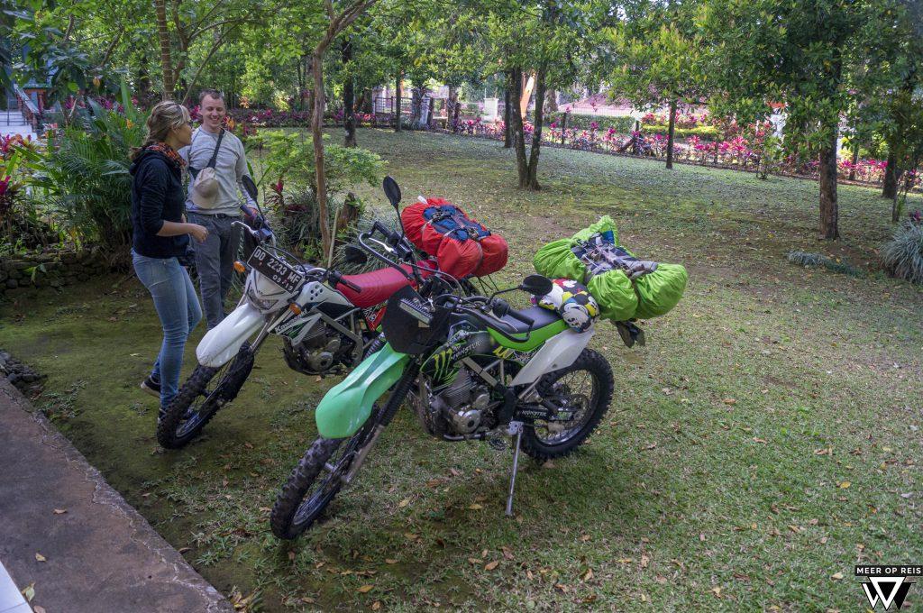 33. Sulawesi - Het hooggelegen Malino - Motor_
